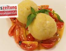 Kartoffelknödel auf Tomatenconfit