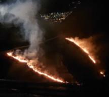 Knaller löst Brand aus
