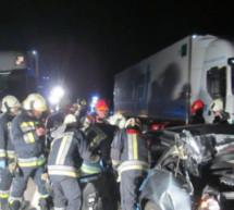 Zwei Schwerverletzte bei Unfall