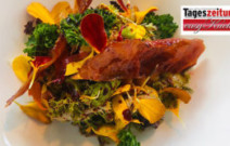 Frühlingssalat mit Speck-Chips