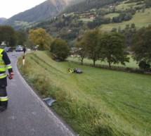 Auto von der Straße geschleudert