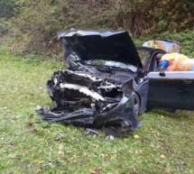 Auto in Schlucht gestürzt