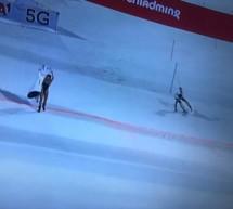 Der Nackt-Slalom