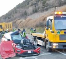Frau stirbt bei Unfall