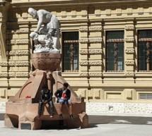 Pipi auf dem Magnago-Platz