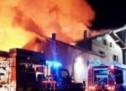 Hof in Flammen