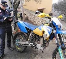 Motocross im Wald