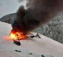 Hubschrauber stürzt ab