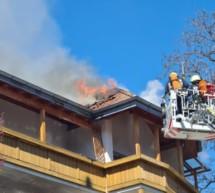 Dachstuhl in Flammen