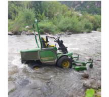 Traktor in der Talfer