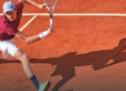 Sinner unterliegt Djokovic