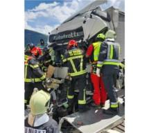 Lkw-Unfall auf Autobahn