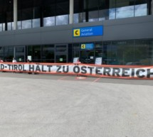 """""""Südtirol hält zu Österreich"""""""