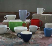 Einfärbige Tassen